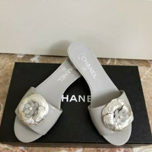 Chanel Slip on Sandal🤍 for Sale in Auburn, WA