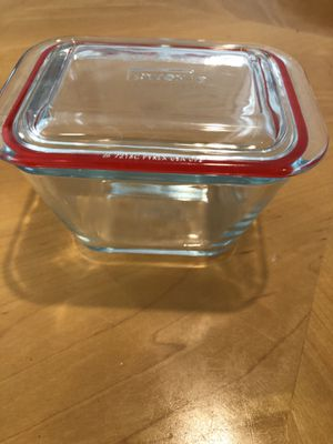 1.9 cup Pyrex glass container with lid - never used for Sale in Poway, CA
