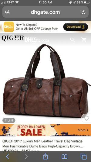 QIGER men duffle bag for Sale in Atascadero, CA