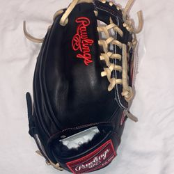 "Brand New Rawlings Heritage Pro 11.5"" Baseball Glove for Sale in Humble,  TX"