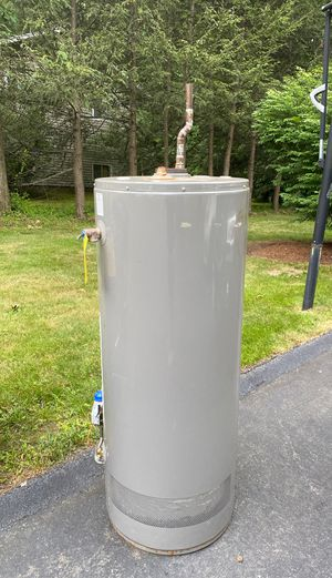 Free water heater! Free metal and aluminum for Sale in Chelsea, MA