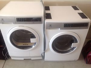 Electrolux Washer/Dryer for Sale in Cheyenne, WY