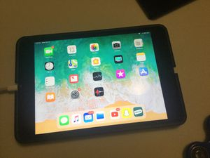 Ipad 4 mini, 128 GB/ no cellular for Sale in Houston, TX