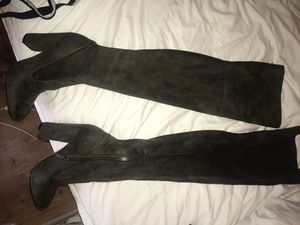 Brand new thigh high boots size 8 never worn for Sale in Cambridge, MA