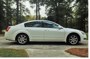 For Sale. 2004 Nissan Maxima FWDWheels. Extra Clean for Sale in Tampa, FL
