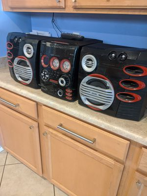 PHILIPS STEREO SYSTEM for Sale in Goodyear, AZ