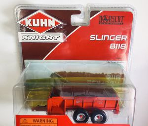 Farm Toy Collector's Bundle: Kuhn 8118 Slinger , Case mx 110 Maxxum with duals, all mint condition; free shipping for Sale in Dedham, MA