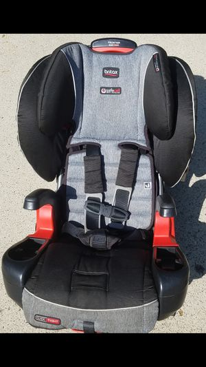 Like New- Britax Frontier ClickTight Harness-2-Booster Car Seat - 2 Layer Impact Protection - 25 to 120 Pounds for Sale in Norco, CA