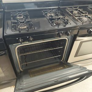 Whirlpool Gas Stove Stainless Steel Use Good Condition 90days Warranty for Sale in Washington, DC