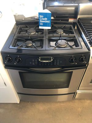Jennair slide in stove for Sale in Montclair, CA