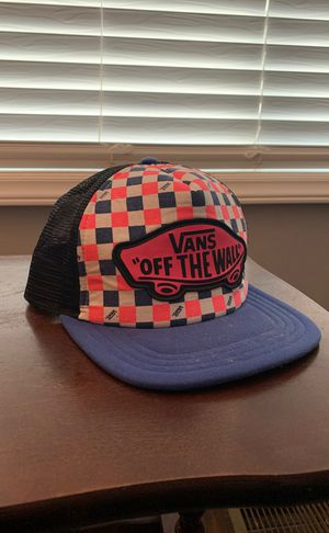 """Vans """"OFF THE WALL"""" SnapBack Trucker Style Hat for Sale in Raleigh, NC"""