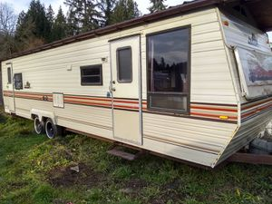 Aly 31' 88 camper trailer for Sale in Lake Stevens, WA