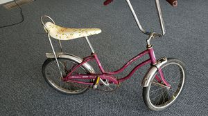 1968 Schwinn Sting Ray Fair lady girls bicycle for Sale in Puyallup, WA