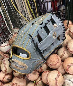 New Wilson A2000 SP13 Slowpitch Softball Glove for Sale in Phoenix, AZ