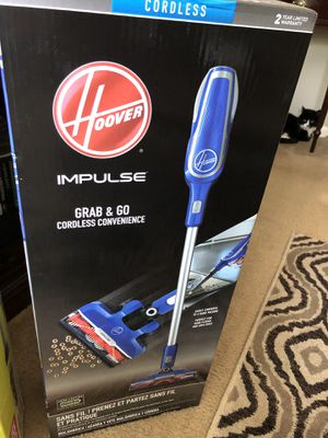 Hoover cordless vacuum for Sale in St. Louis, MO