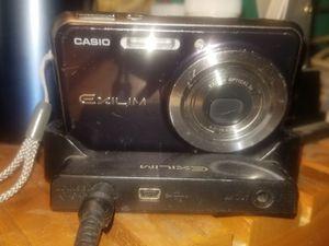 Casio Exilim Digital Camera for Sale in Los Angeles, CA