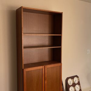 Free Bookshelves for Sale in Renton, WA