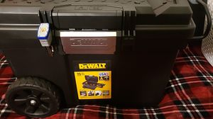 DEWALT 25 in. 15 Gal. Mobile Tool Box for Sale in Riverside, CA