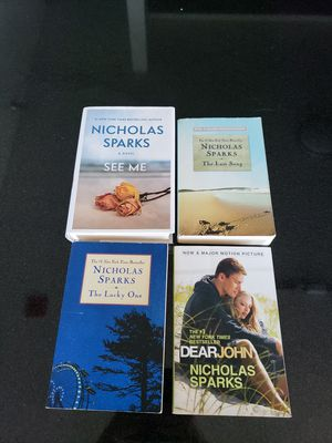 Nicholas Sparks book collection for Sale in Chicago, IL