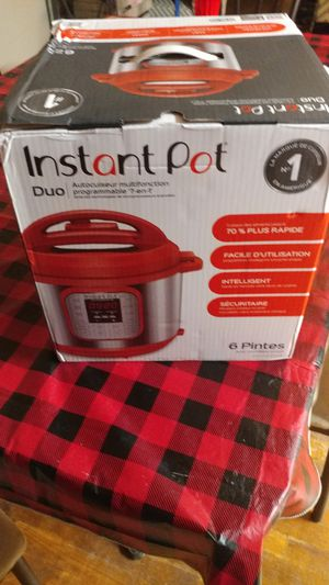 Instant Pot Duo 6 quart red for Sale in Radcliff, KY