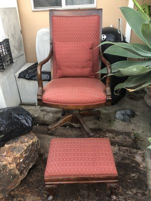 Chair, pillow, & stool for Sale in Chula Vista, CA
