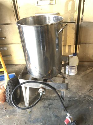 Crab/turkey cooker for Sale in Puyallup, WA