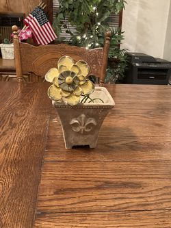 Ceramic Pot With Ceramic Flower Accessory for Sale in Los Angeles,  CA