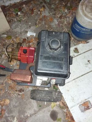 Pressure washer as is I know it runs for Sale in Garfield Heights, OH