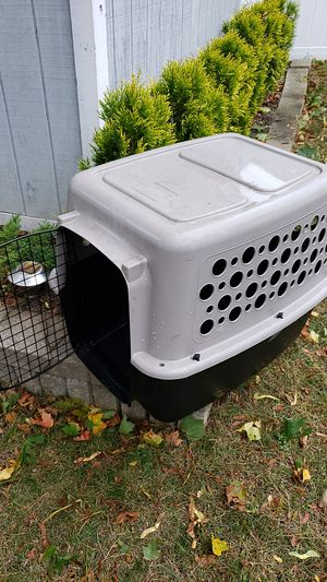 Dog crate(large) with gate for Sale in Lincoln, RI