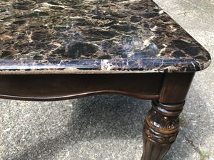 Small end table for Sale in Seven Hills, OH