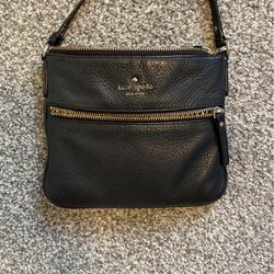 Small Kate Spade crossbody and Fossil wallet for Sale in San Marcos,  CA
