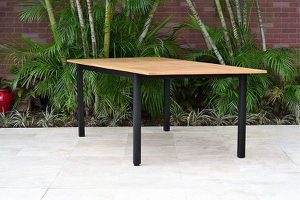 Amazonia Lombardia Dining Table for Sale in Las Vegas, NV