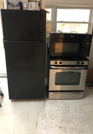Appliance Package! Fridge, Micro, Stove! for Sale in Mystic Islands, NJ