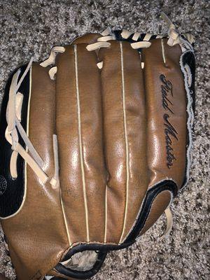softball/baseball glove for Sale in Avondale, AZ