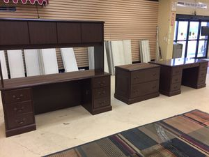 Office Furniture 3 pieces for Sale in Baton Rouge, LA