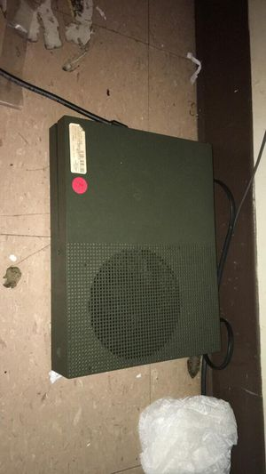 Xbox one S with 1 remote and gta5 with Smart TV for Sale in Cranston, RI