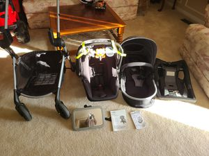Evenflo Pivot Modular Travel System with ProSeries LiteMax Infant Car Seat for Sale in Burtonsville, MD