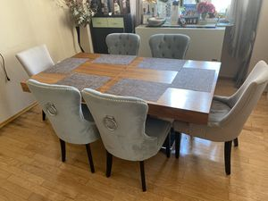 Dining table with 6 chairs for Sale in Brooklyn, NY