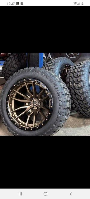 20x10 fuel rebel bronze with tires for Sale in Dixon, CA