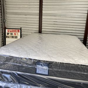 New Queen Deluxe Medium Feel Mattress And Box Spring. Free Local Delivery for Sale in Winter Park, FL