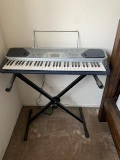 Casio electric keyboard for Sale in Los Angeles, CA
