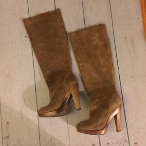 Brown knee high michael kors boots suede size 6.5 for Sale in West Los Angeles, CA