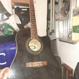Regular Size Guitar for Sale in Santa Maria, CA