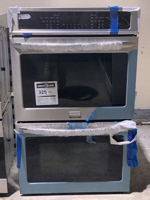 Frigidaire DOUBLE OVEN.. $39 DOWN NO CREDIT CHECK for Sale in Houston, TX