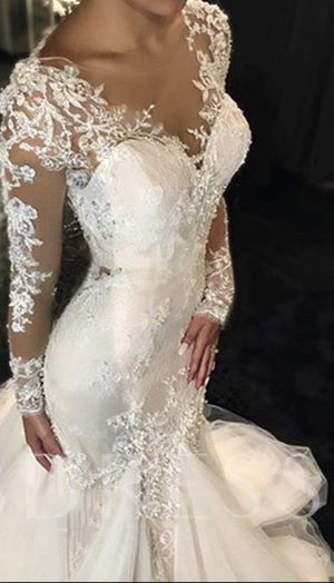Wedding dress for Sale in Tomball, TX