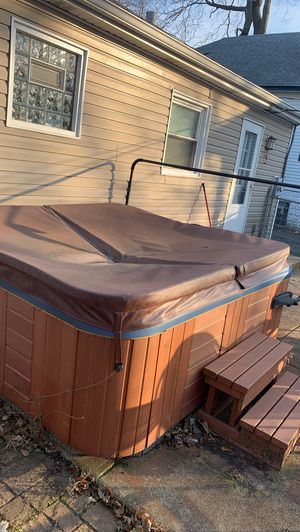 Jacuzzi for Sale in Alsip, IL
