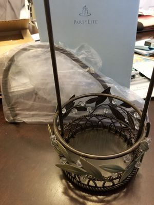 Partylite Garden Lights Hanging Holder for Sale in Chaska, MN
