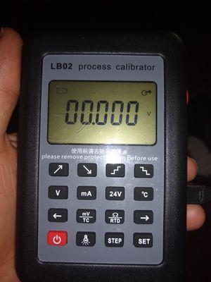 LB02 Resistance Current Voltmeter Signal Generator Source Process Calibrator for Sale in San Bernardino, CA