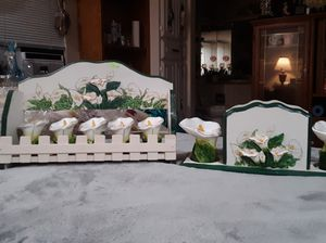 Vintage K M C made in China Lily Spice Set and Lily Napkin Set. for Sale in Irving, TX
