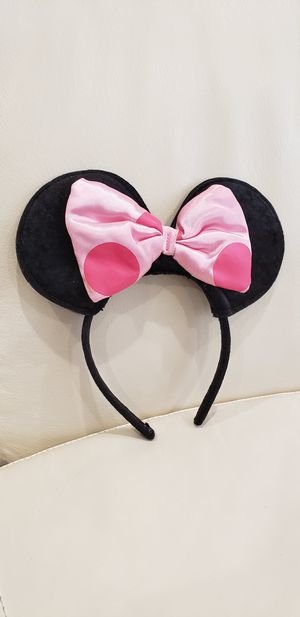 Disney Minnie Mouse Ears cute headband. Used, in good comdition. Bow has 1 mark on it, see photos. for Sale in Ontario, CA